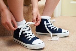 How to Wear Shoes That Are Too Big